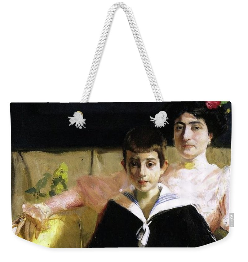 Joaquin Sorolla Y Bastida - Lucrecia Arana With Her Son Weekender Tote Bag featuring the painting Lucrecia Arana With Her Son by Joaquin Sorolla
