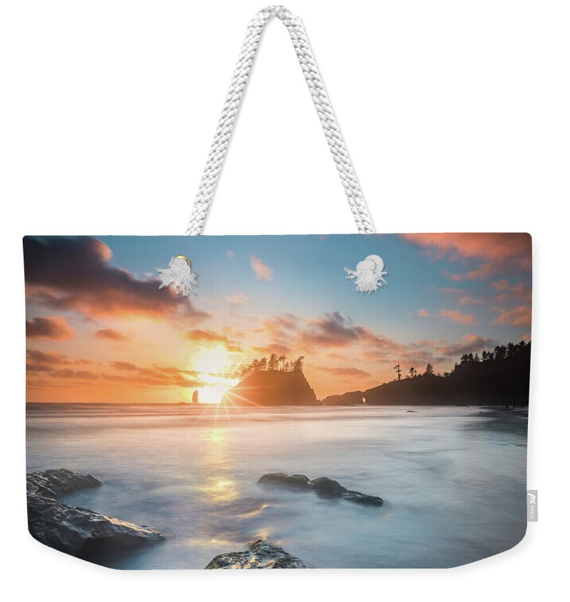 America Weekender Tote Bag featuring the photograph Pacific Sunset At Olympic National Park by William Freebilly photography