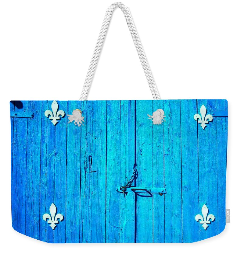 North America Weekender Tote Bag featuring the photograph Quebec ... by Juergen Weiss