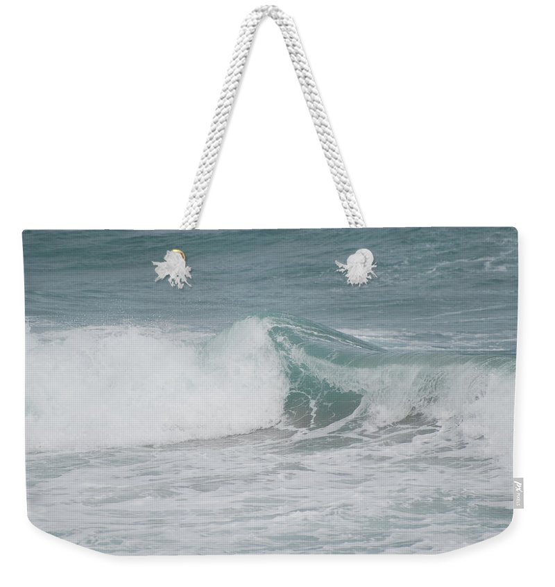White Weekender Tote Bag featuring the photograph Splash by Rob Hans