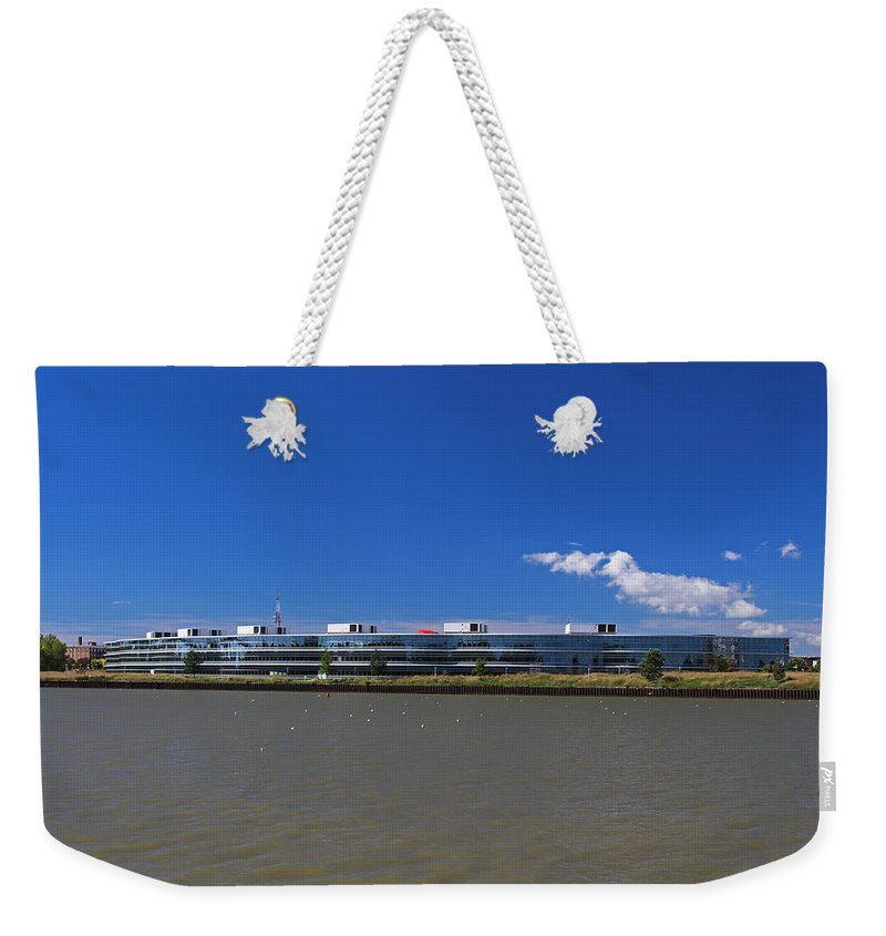 Owens Corning Weekender Tote Bag featuring the photograph Toledo Owens Corning by Michiale Schneider