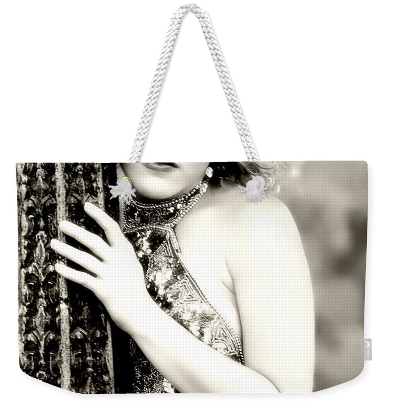 Clay Weekender Tote Bag featuring the photograph True Beauty by Clayton Bruster