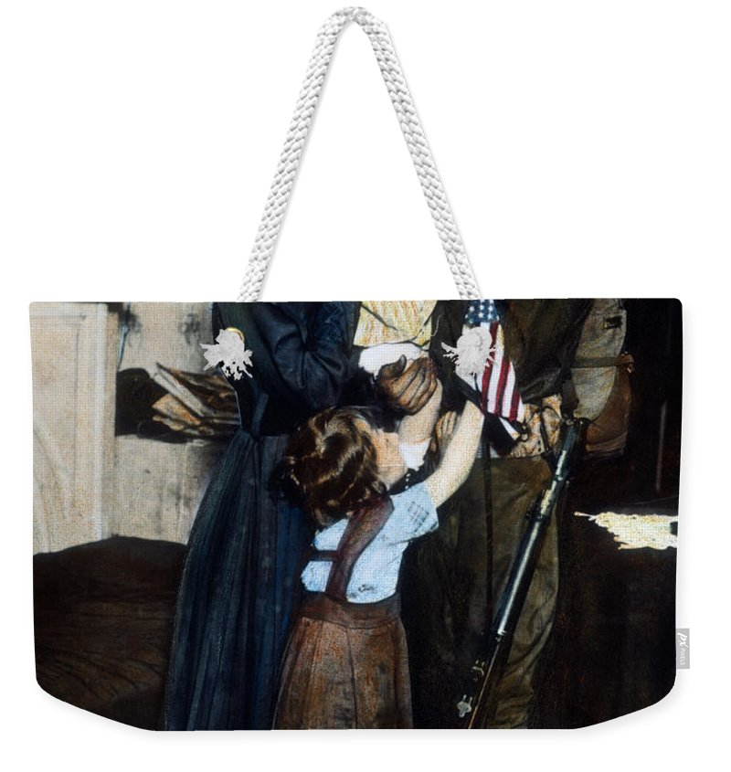 1917 Weekender Tote Bag featuring the photograph World War I: Deployment by Granger