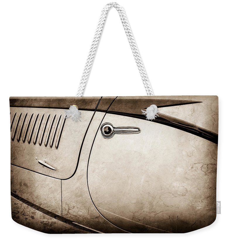1938 Talbot-lago 150c Ss Figoni And Falaschi Cabriolet Side Door Handle Weekender Tote Bag featuring the photograph 1938 Talbot-lago 150c Ss Figoni And Falaschi Cabriolet Side Door Handle -1511s by Jill Reger