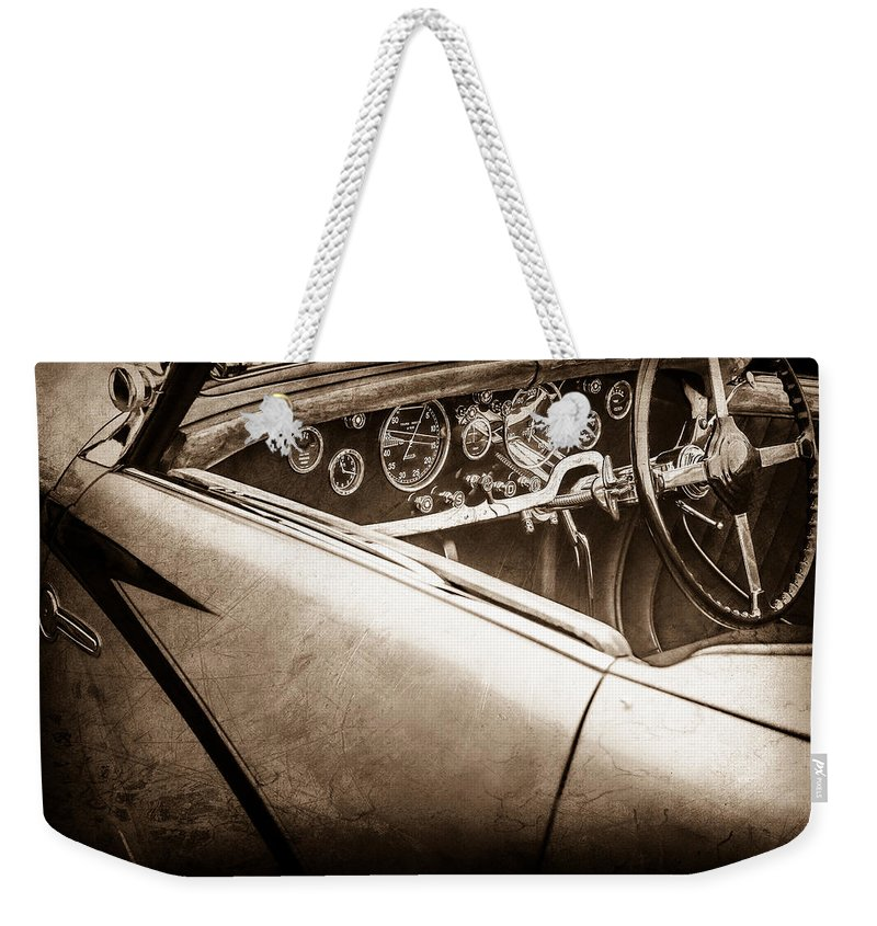 1938 Talbot-lago 150c Ss Figoni And Falaschi Cabriolet Steering Wheel Weekender Tote Bag featuring the photograph 1938 Talbot-lago 150c Ss Figoni And Falaschi Cabriolet Steering Wheel -1561s by Jill Reger