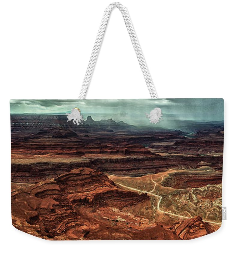 Deadhorsecanyon Weekender Tote Bag featuring the photograph Dead Horse Canyon by Stanton Tubb