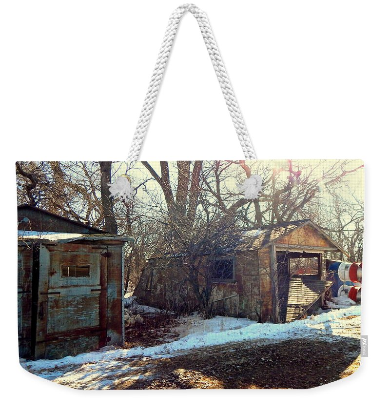 Garages Weekender Tote Bag featuring the photograph Heartland by Curtis Tilleraas