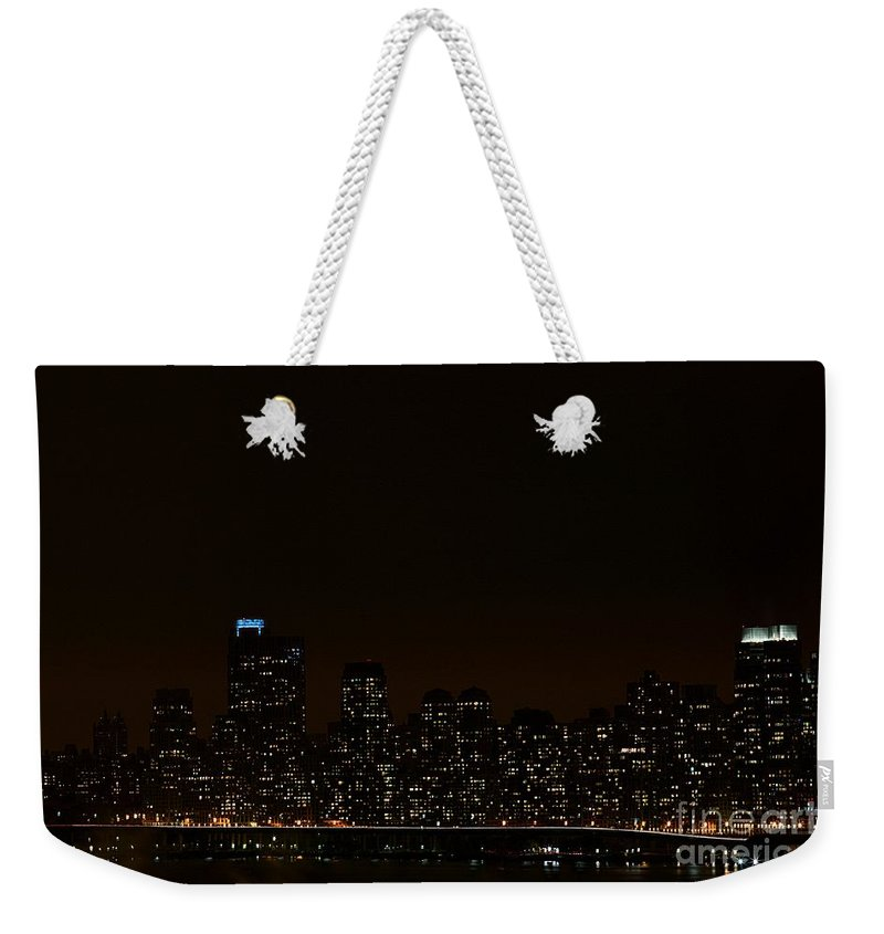 Nyc Weekender Tote Bag featuring the photograph Nyc Skyline by MingTa Li
