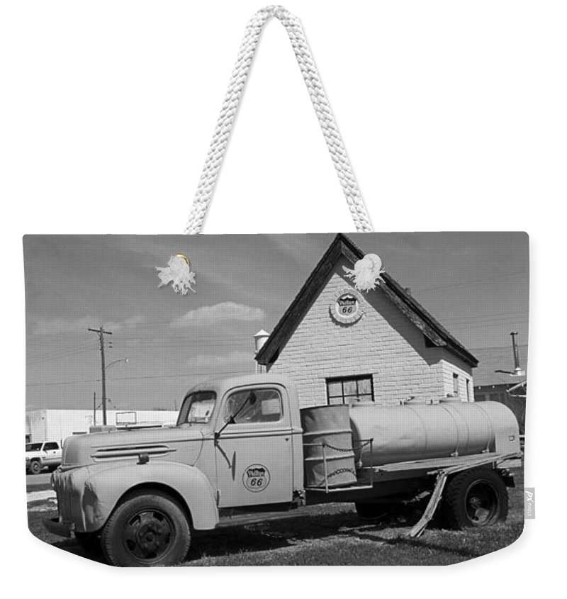 66 Weekender Tote Bag featuring the photograph Route 66 - Mclean Texas by Frank Romeo