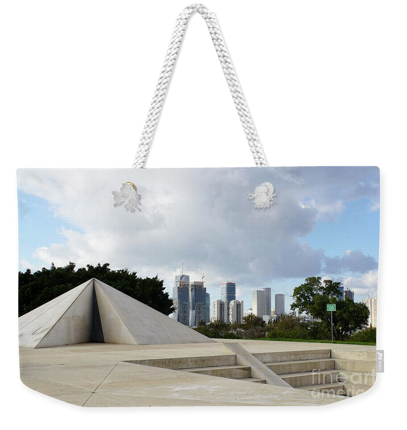 Israel Weekender Tote Bag featuring the photograph White City Statue, Tel Aviv, Israel by Vladi Alon