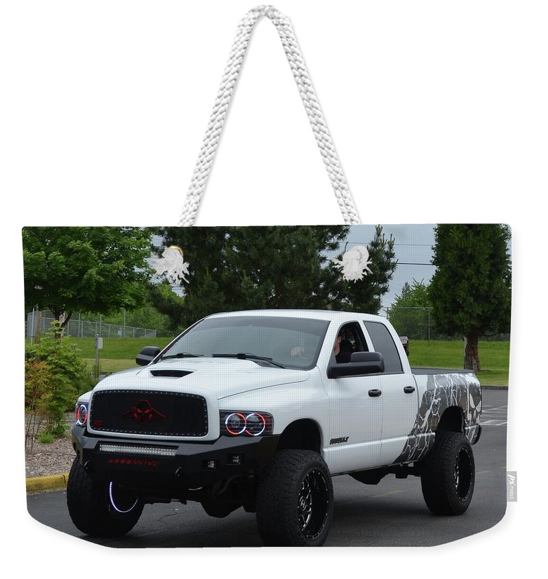 2004 Weekender Tote Bag featuring the photograph 2004 Dodge Ram 2500 Nichols by Mobile Event Photo Car Show Photography