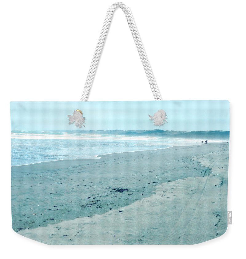 Beach Weekender Tote Bag featuring the photograph Beach by Les Cunliffe