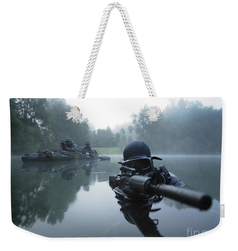 Special Operations Forces Weekender Tote Bag featuring the photograph Special Operations Forces Combat Diver by Tom Weber