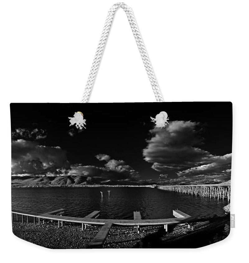 B&w Weekender Tote Bag featuring the photograph 41 South And The Longbridge by Lee Santa