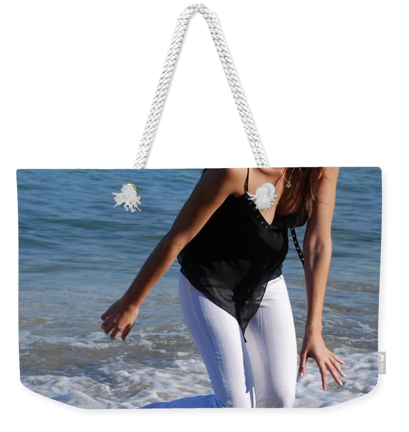 Sea Scape Weekender Tote Bag featuring the photograph Gisele by Rob Hans