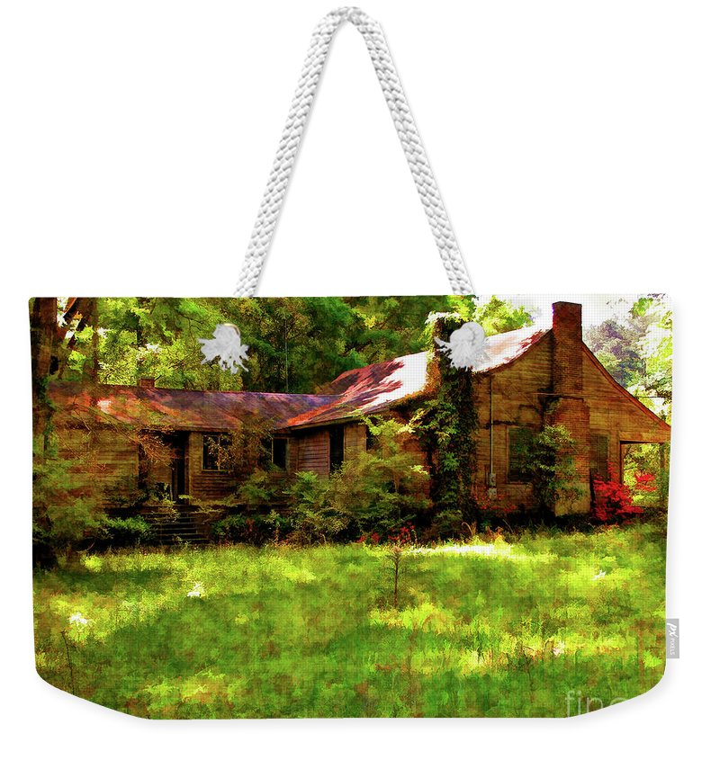 Old House Weekender Tote Bag featuring the photograph A Country Place by Kathleen K Parker