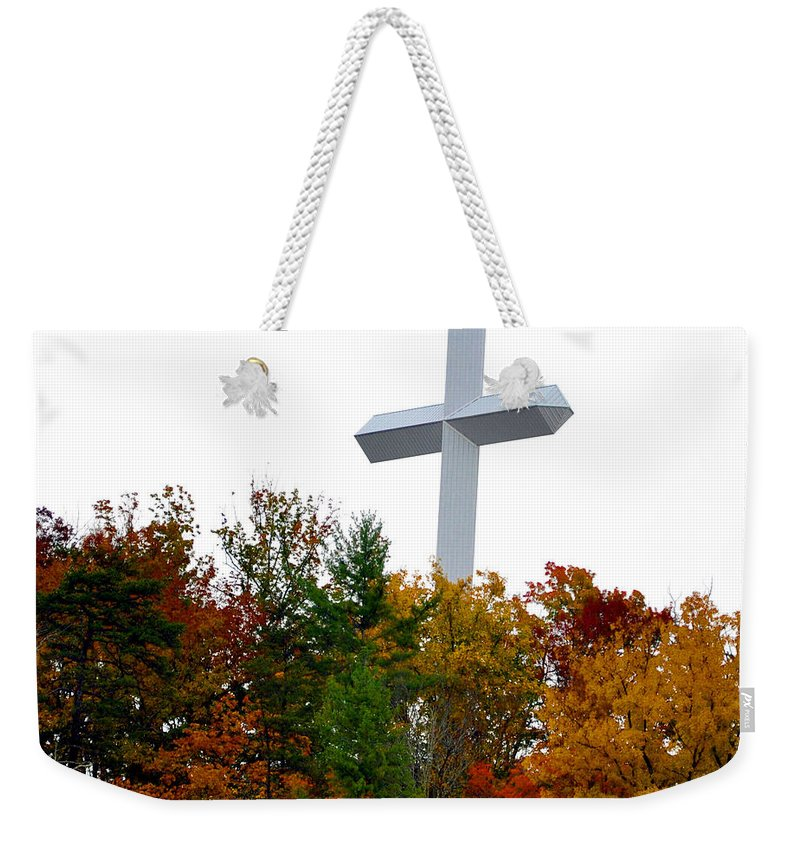 Smokey Mountain Weekender Tote Bag featuring the photograph A Cross In Tennessee by Brittany Horton