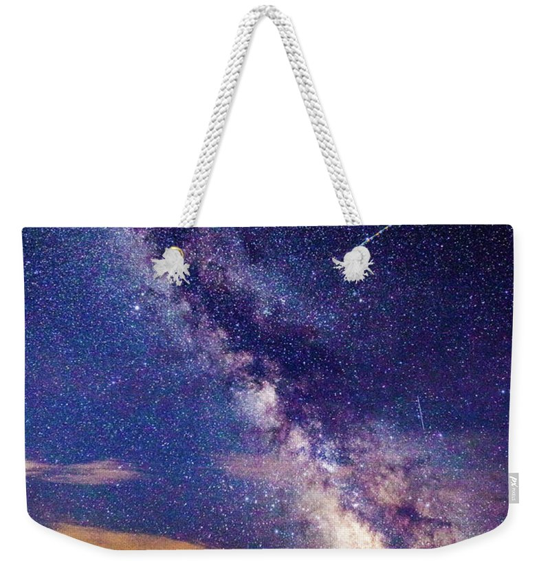 Milky Way Weekender Tote Bag featuring the photograph A Northern View Of The Milky Way by J Thomas