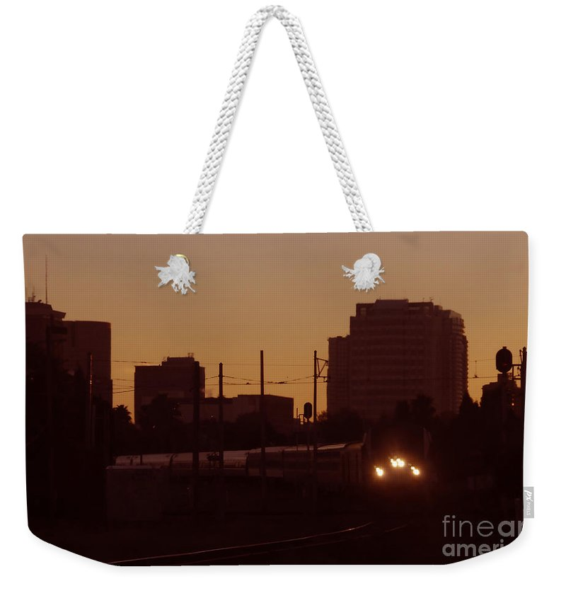 Train Weekender Tote Bag featuring the photograph A Train A Com In by David Lee Thompson