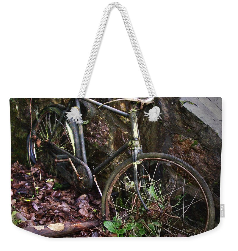 Irish Weekender Tote Bag featuring the photograph Abandoned Bicycle by Tim Nyberg