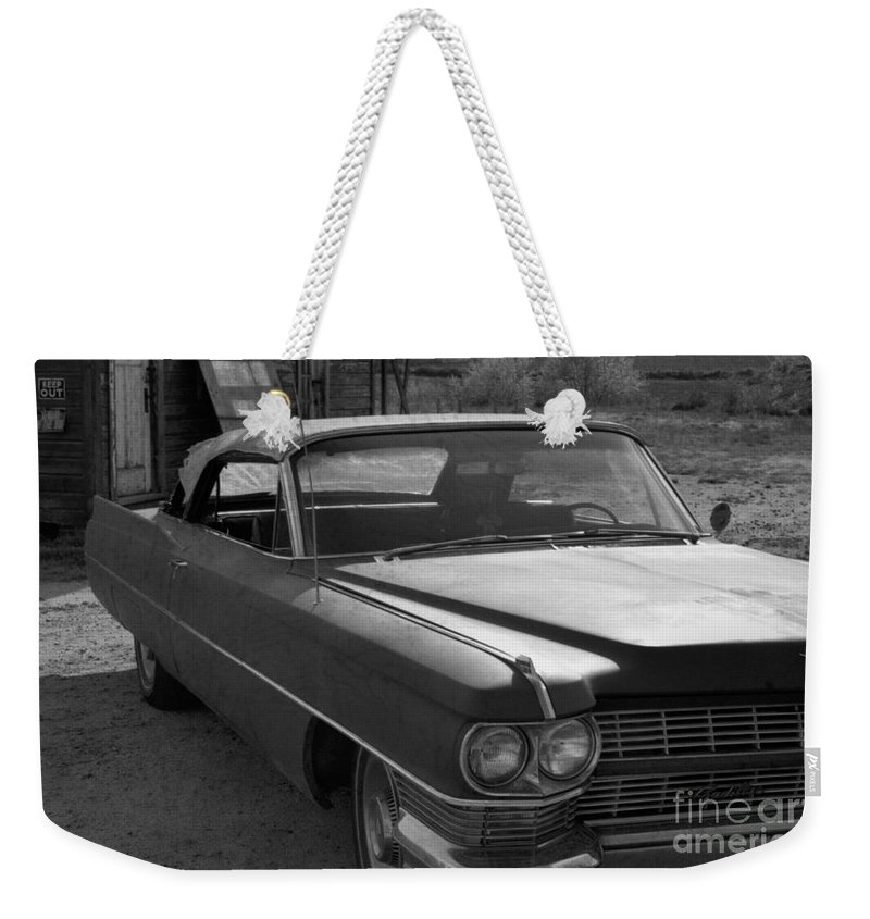 Cadillac Weekender Tote Bag featuring the photograph Abandoned Classic by Richard Rizzo