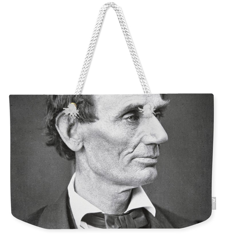 Abraham Lincoln (1809-65) 1860 (b/w Photo) By Alexander Hesler (1823-95) Weekender Tote Bag featuring the photograph Abraham Lincoln by Alexander Hesler