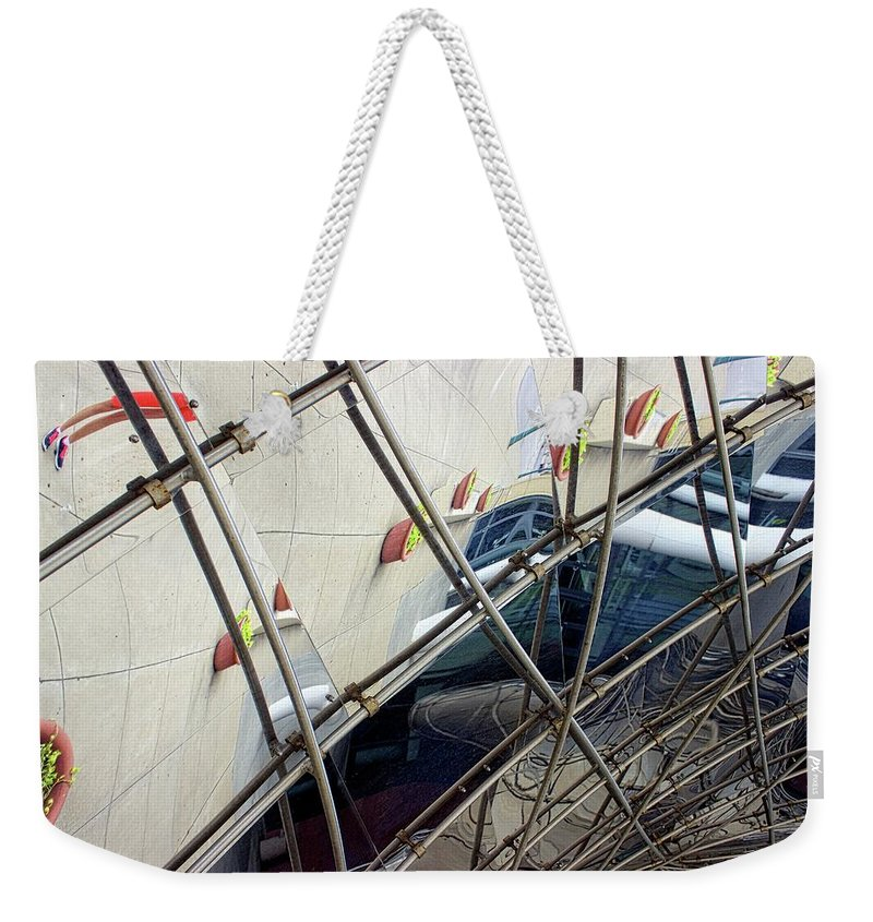 Metal Tennessee Weekender Tote Bag featuring the photograph Acconcini Sculpture Opus 4 by Fred Hahn