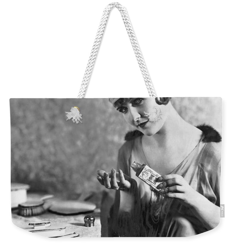 1 Person Weekender Tote Bag featuring the photograph Actress Laura La Plante by Underwood Archives