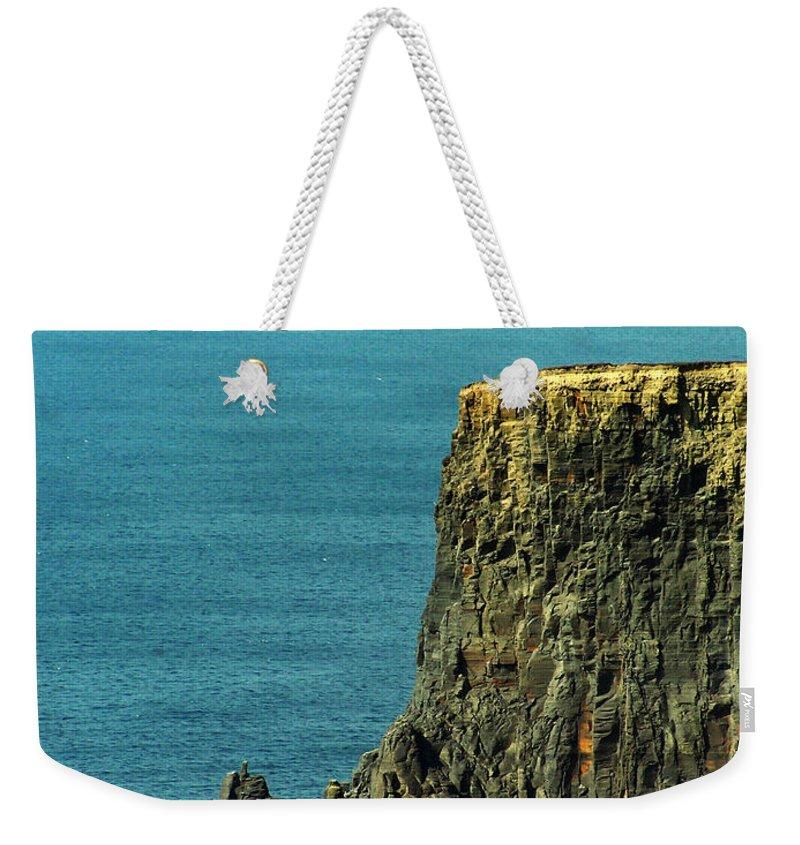 Irish Weekender Tote Bag featuring the photograph Aill Na Searrach Cliffs Of Moher Ireland by Teresa Mucha