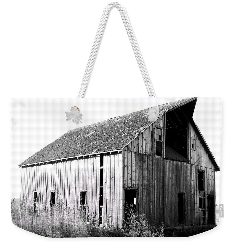 Barn Weekender Tote Bag featuring the photograph Albert City Barn 3 by Julie Hamilton