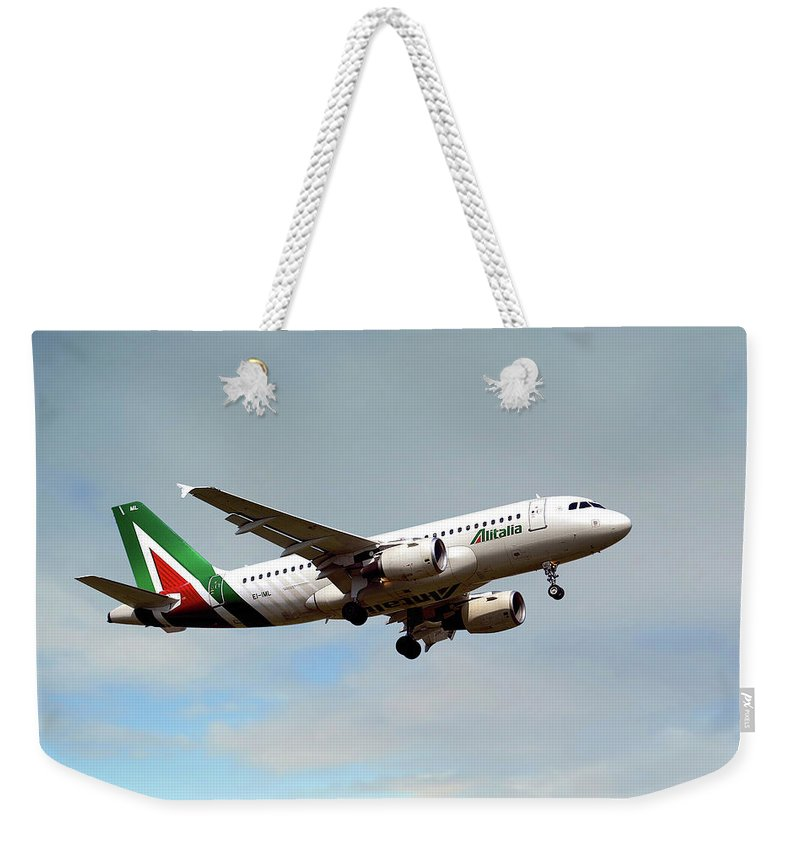 Alitalia Weekender Tote Bag featuring the photograph Alitalia Airbus A319-112 by Smart Aviation