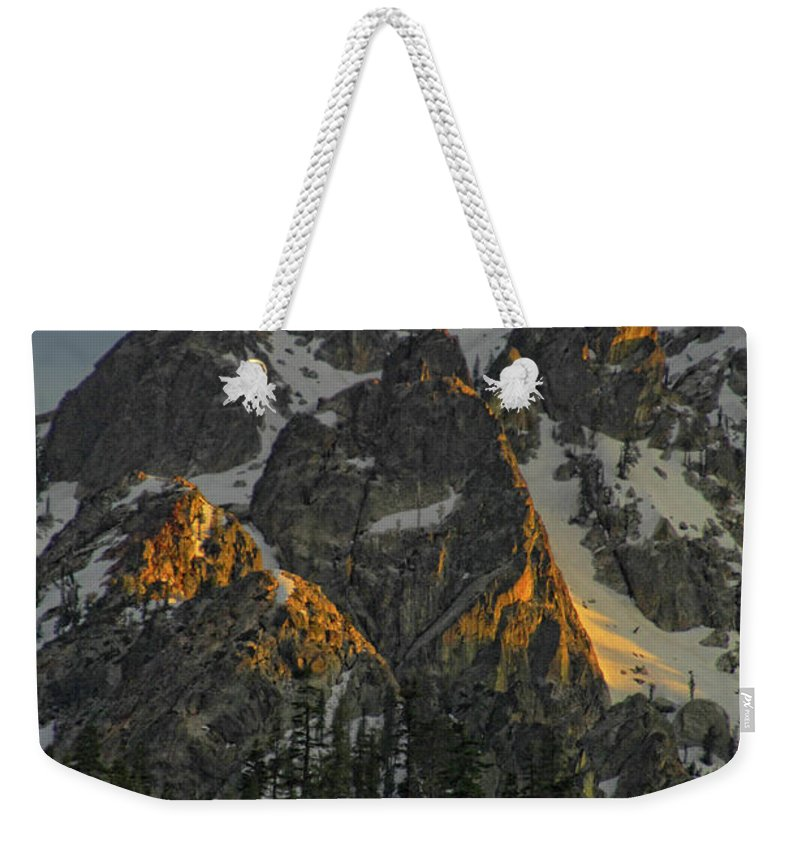 Mountan Weekender Tote Bag featuring the photograph Alpine Glow by Donna Blackhall