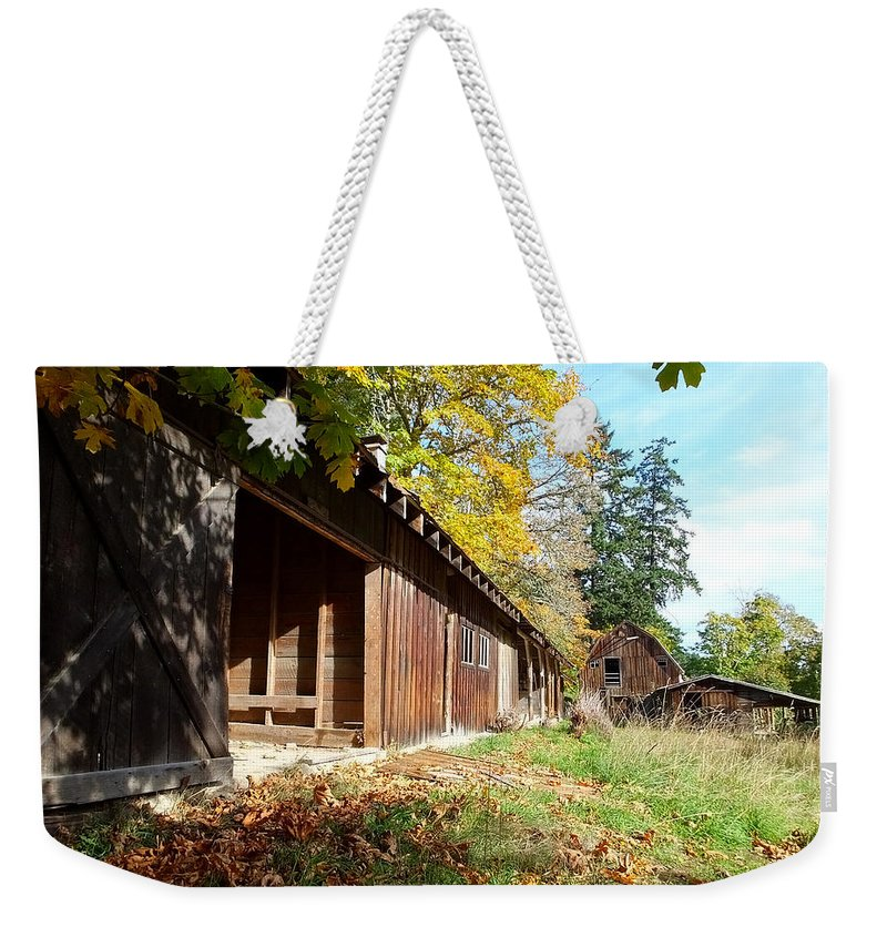 Farms Weekender Tote Bag featuring the photograph An Old Farm by Mark Alan Perry