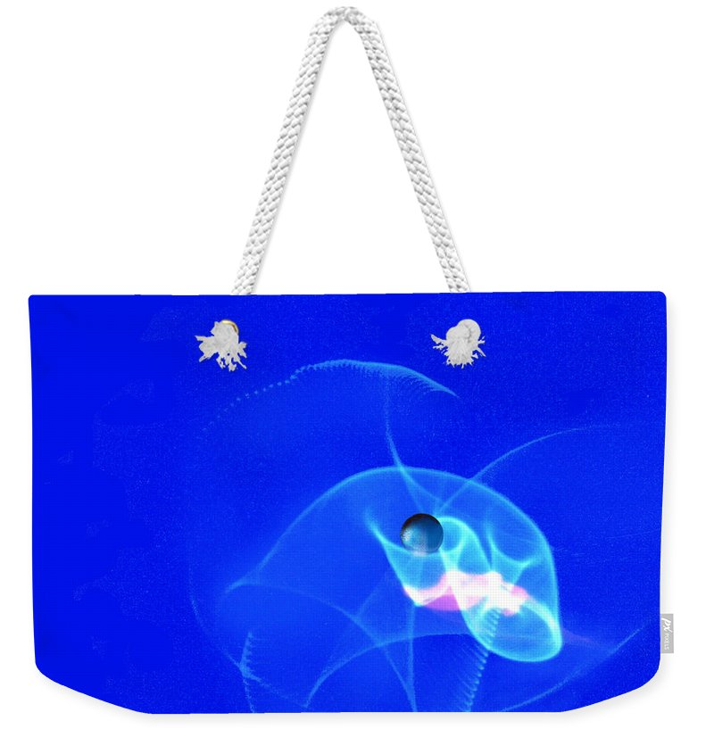 Abstract Weekender Tote Bag featuring the photograph Apparition pearl by Steve Karol