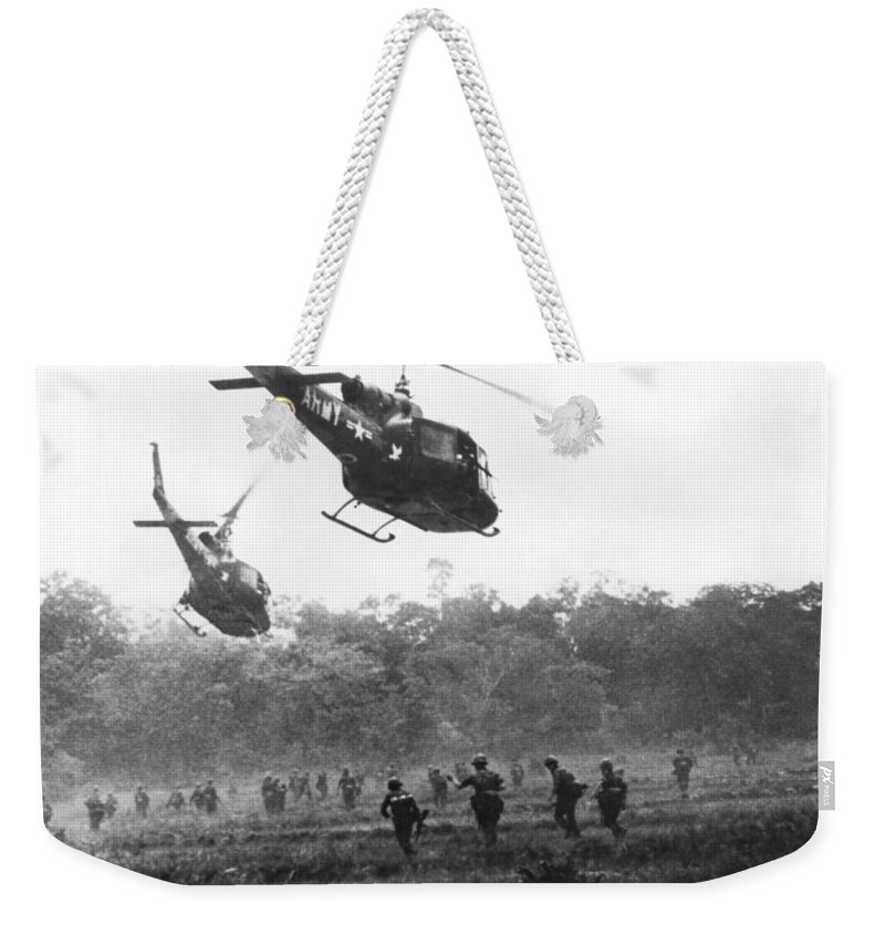 1960s Weekender Tote Bag featuring the photograph Army Airborne In Vietnam by Underwood Archives