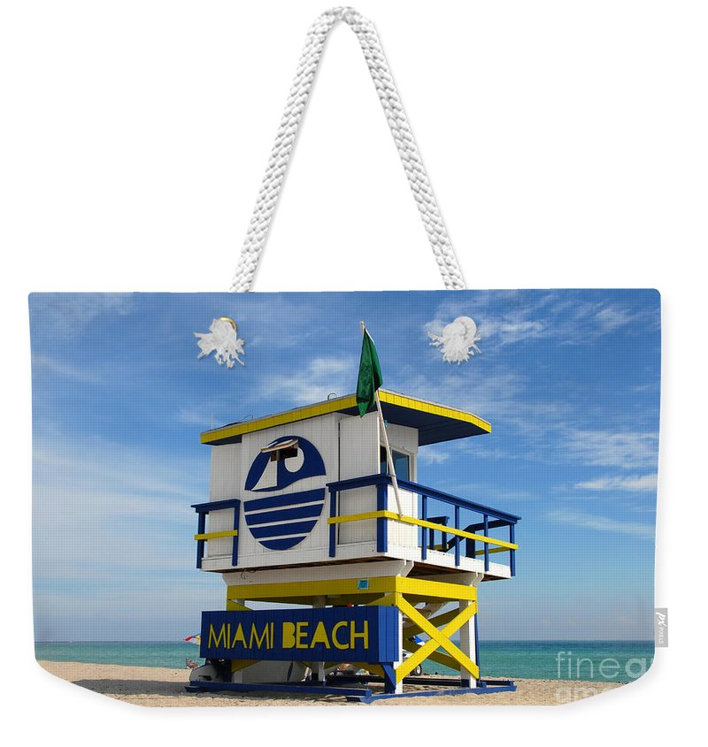 Miami Beach Weekender Tote Bag featuring the photograph Art Deco Lifeguard Stand by David Lee Thompson