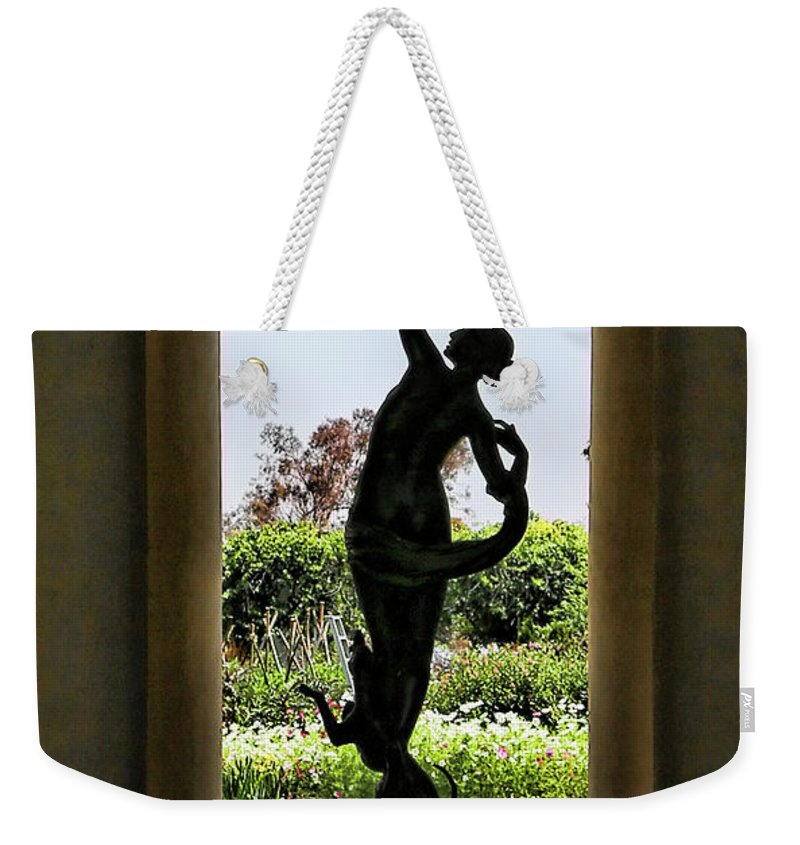 Nature Weekender Tote Bag featuring the photograph Arts Sculpture California Museum  by Chuck Kuhn
