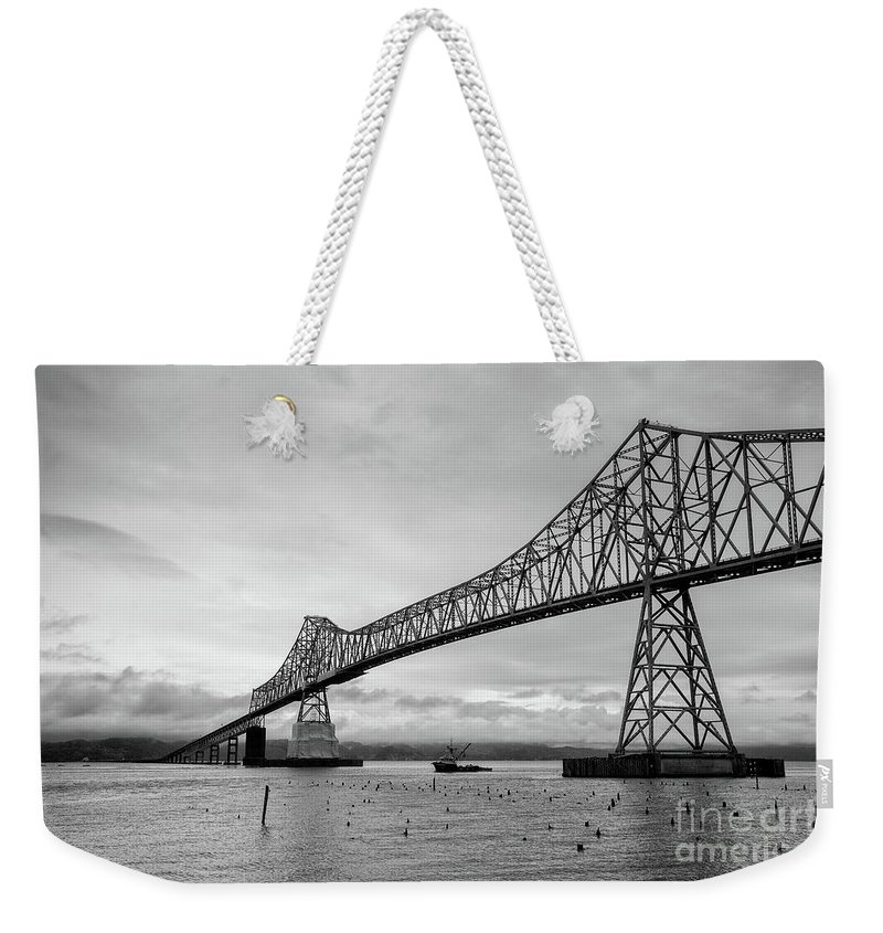 Oregon Weekender Tote Bag featuring the photograph Astoria Bridge At Dusk by Paul Quinn