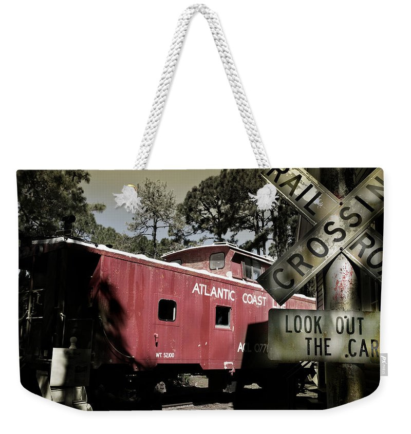 Atlantic Weekender Tote Bag featuring the photograph Atlantic Coast Line Railroad Carriage by Mal Bray