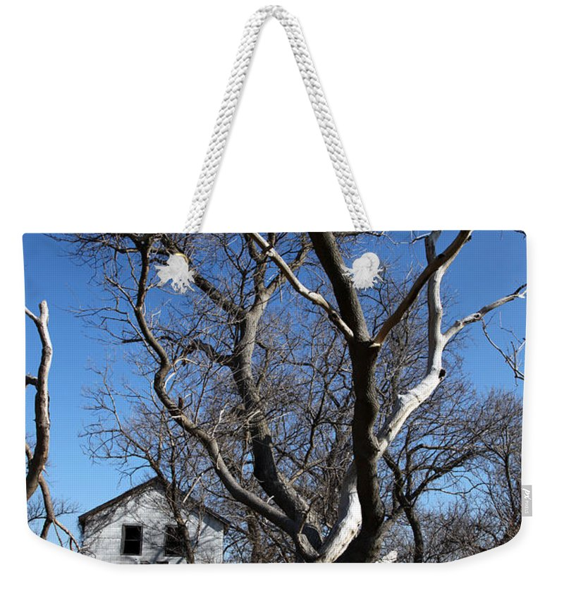 \aunty Em\ Weekender Tote Bag featuring the photograph Aunty Em by Amanda Barcon