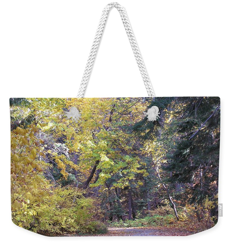 Autumn Photographs Weekender Tote Bag featuring the photograph Autum Colors by Louise Magno