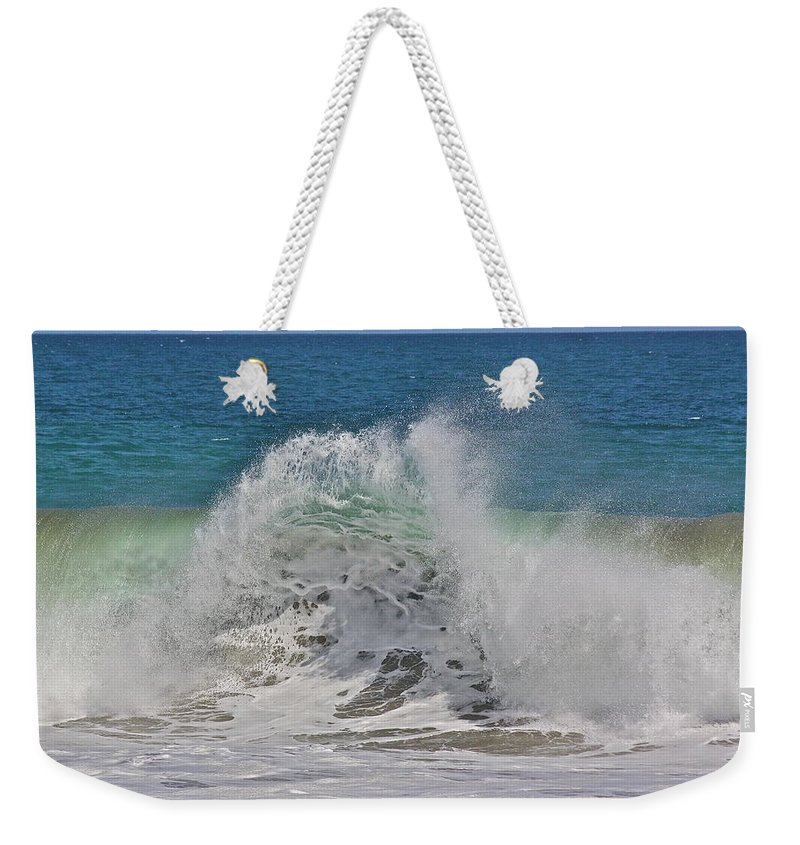 Sea Weekender Tote Bag featuring the photograph Baja Wave by Diana Hatcher