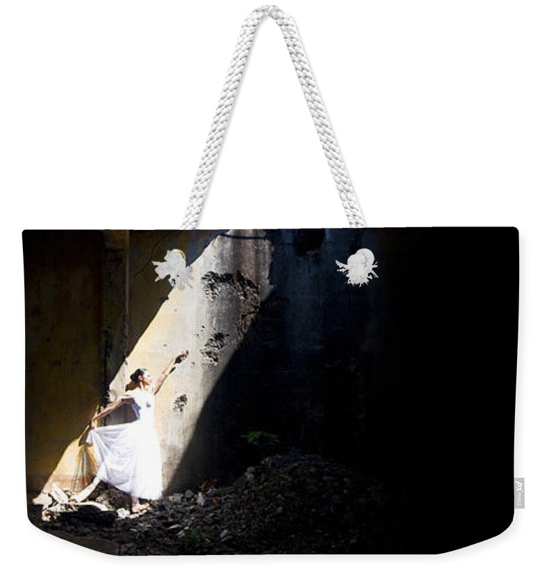 Ballet Dancer Weekender Tote Bag featuring the photograph Ballet Dancer4 by George Cabig
