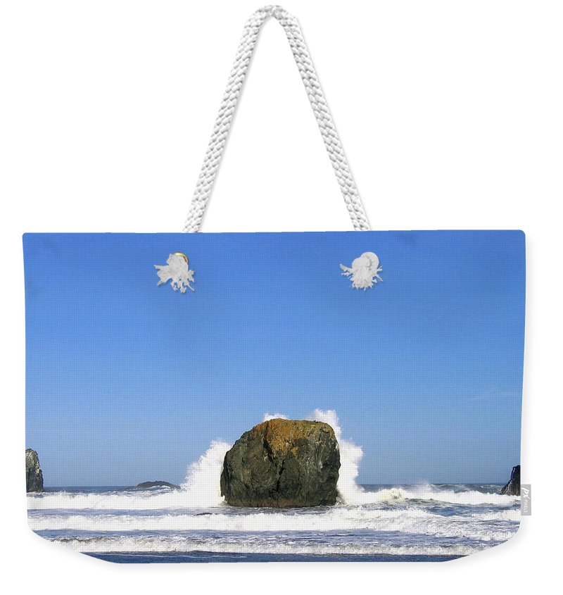 Bandon Weekender Tote Bag featuring the photograph Bandon 14 by Will Borden