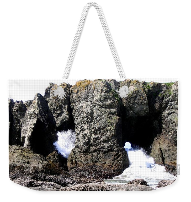 Bandon Weekender Tote Bag featuring the photograph Bandon 17 by Will Borden