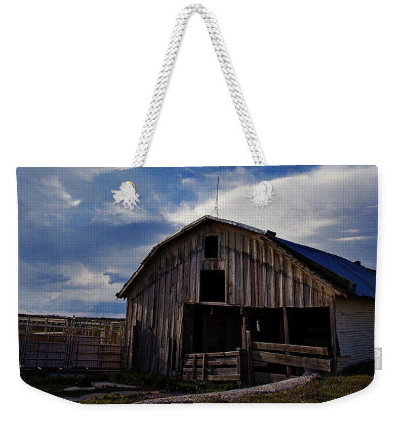 Barn Weekender Tote Bag featuring the photograph Barn At Fisher Ranch by Toni Hopper