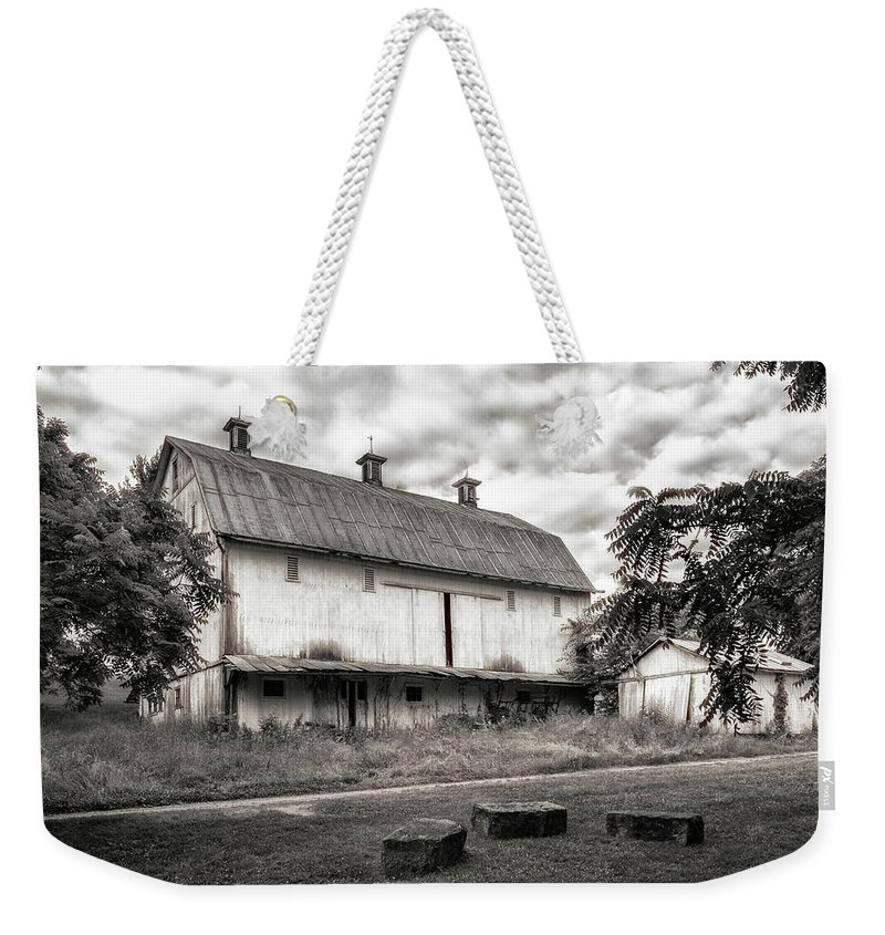 Americana Weekender Tote Bag featuring the photograph Barn In Black And White by Tom Mc Nemar