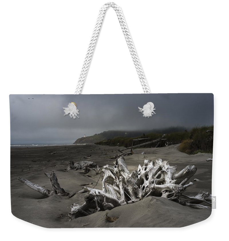 Cape Disappointment Weekender Tote Bag featuring the photograph Benson Beach by Robert Potts