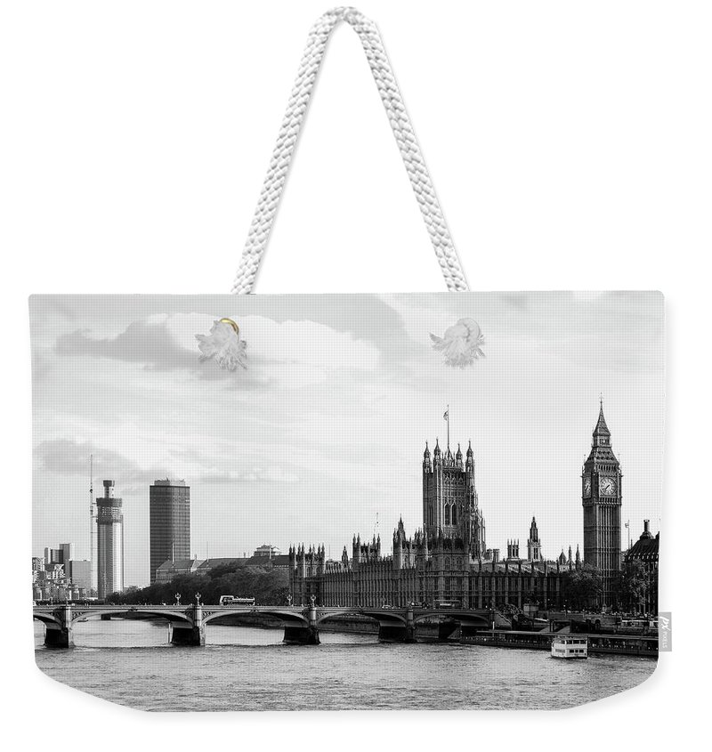 Big Ben Weekender Tote Bag featuring the photograph Big Ben, Parliament And Thames River by Bob Cuthbert