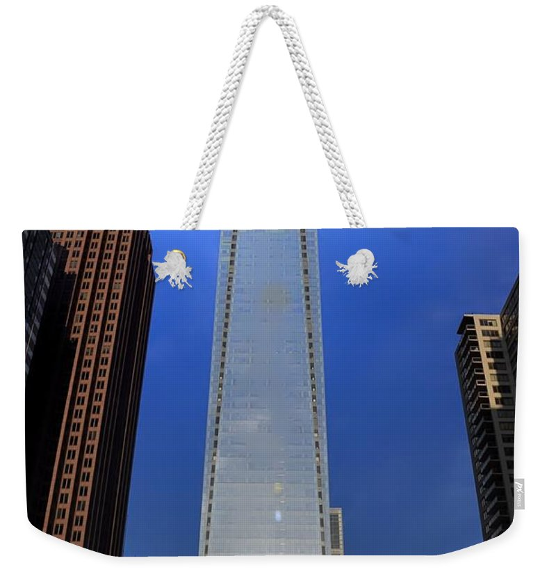 Center Weekender Tote Bag featuring the photograph Big City Life by Bill Cannon